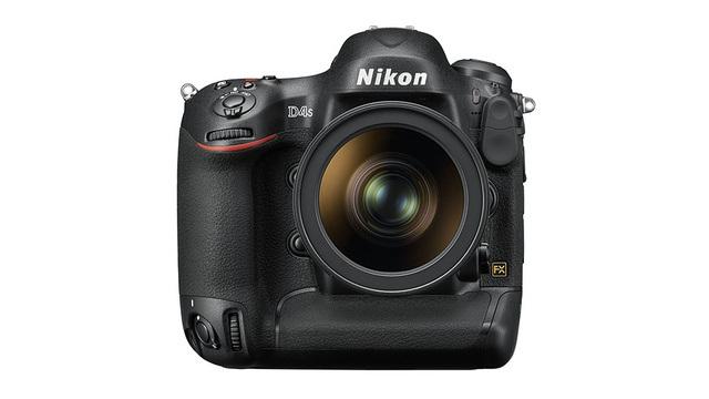 Nikon D4S vs Canon 1DX