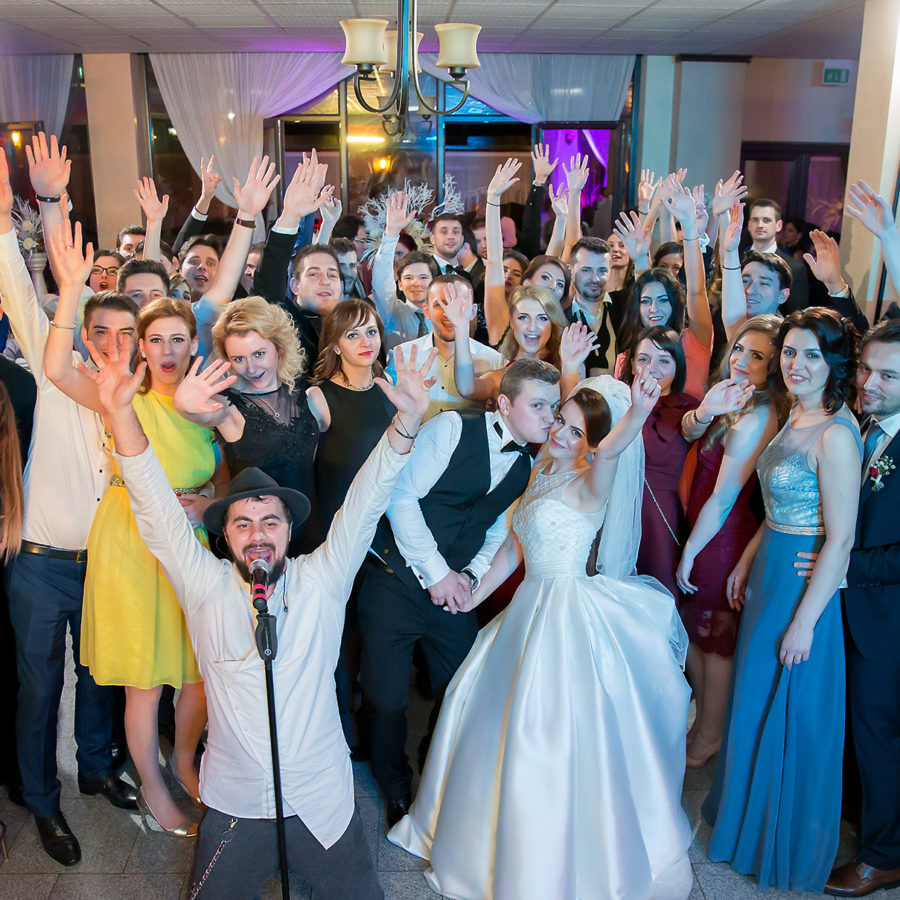 Aspazia Andrei photo wedding day